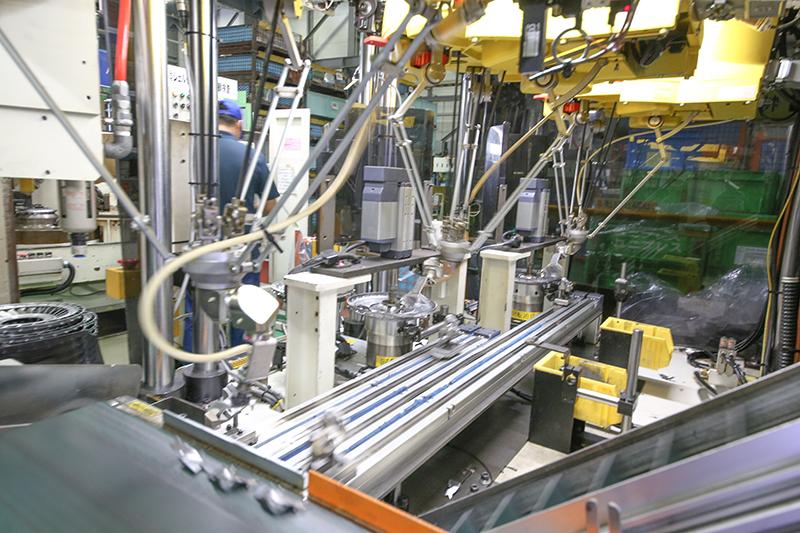 羽組み自動化ロボット(特許取得)